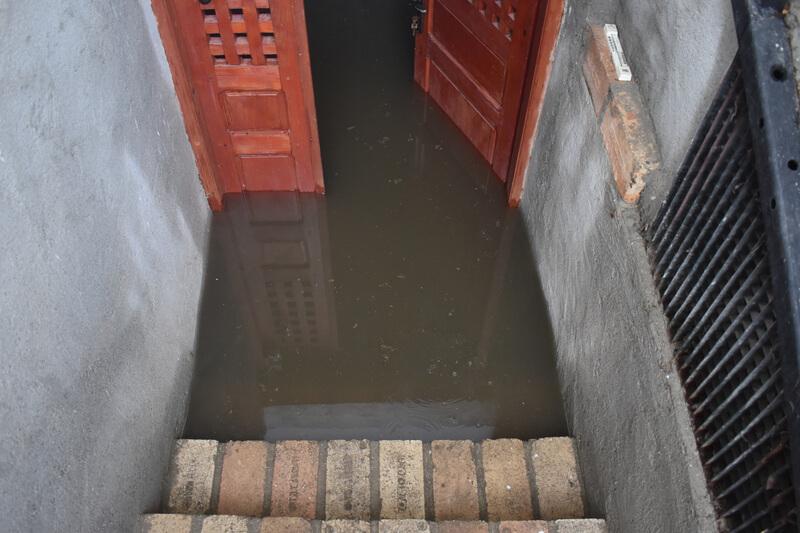 Dompelpomp bij wateroverlast